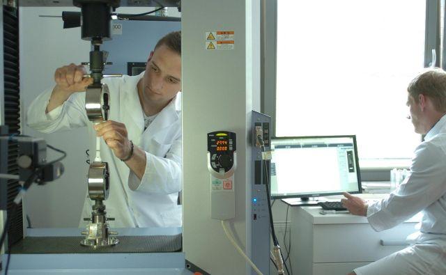 Fakulteta bo jeseni dobila nov, večji laboratorij za predelavo in karakterizacijo polimerov. FOTO: arhiv FTPO