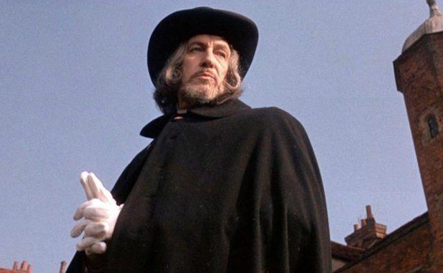 Vincent Price kot Mathew Hopkins v filmu Za krvnika ni milosti. FOTO: arhiv