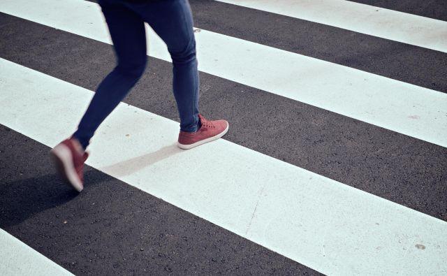 pešec, pešci, zebra, prehod, prehod za pešce, cesta Foto Guliver/getty Images