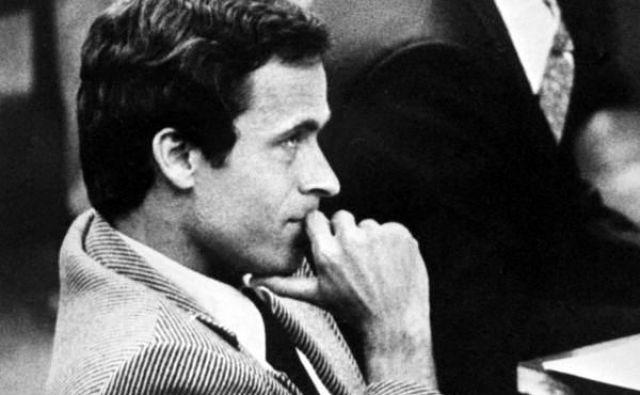 Ted Bundy na sodišču leta 1979. FOTO: Donn Dugh