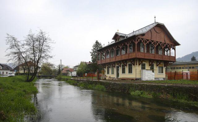Ruska dača ob vznožju Rašice bo po obnovi prizorišče številnih dogodkov. Foto Jože Suhadolnik