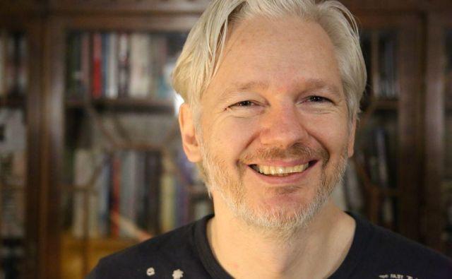 Julian Assange je v pogovoru za <em>Delo </em>povedal, da želi biti vohun za ljudi. FOTO: Jela Krečič