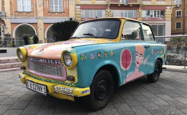Berlinski trabant v središču Plovdiva. FOTO: Aljaž Vrabec