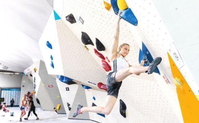 Danes bo v Moskvi tekma v hitrostnem plezanju, v nedeljo v balvanskem.FOTO: Luka Fonda