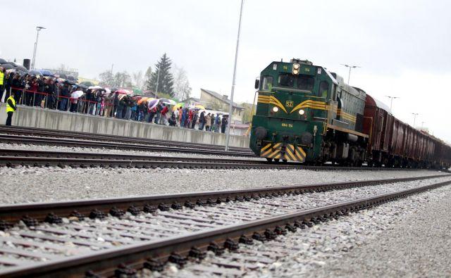 Prihod tovornega vlaka v Kočevje. Foto Roman Šipić