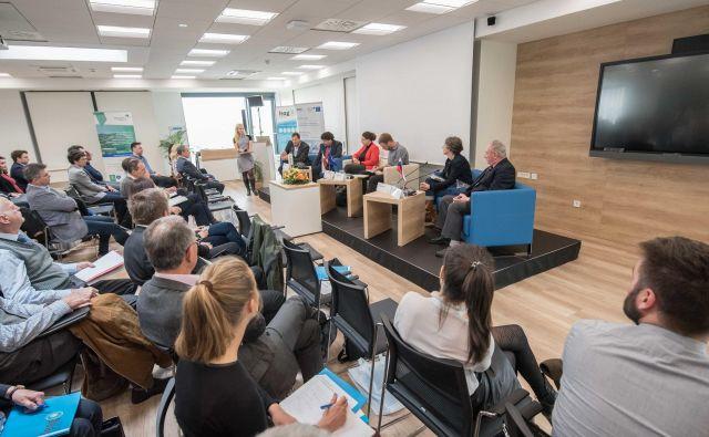 Načrt po sklopih vključuje za Gorenjsko še posebej pereča področja energetike, gozdarstva, turizma in prometa. FOTO: Katja Cankar