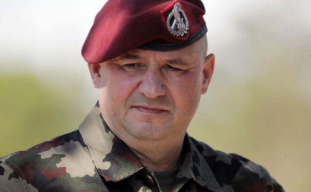 Miha Škerbinc je bil del ekipe, ki si jo je postavila načelnica Alenka Ermenc; predhodnika je na mestu poveljnika sil Slovenske vojske zamenjal pred božičem. Foto Mavric Pivk