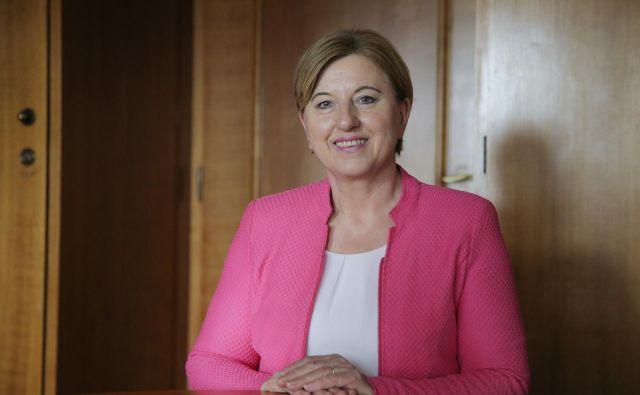 Ljudmila Novak se je za vstop v evropski parlament potegovala na vseh dosedanjih volitvah. Uspešna je bila le v prvem poskusu. FOTO: Jože Suhadolnik/Delo