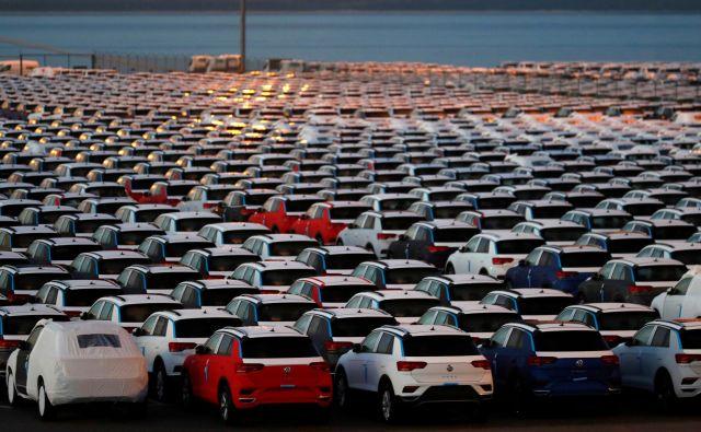 Kar osem odstotkov čezatlantske trgovine predstavljajo izdelki avtomobilske industrije. FOTO: Reuters