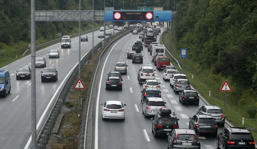 Zastoj na primorski avtocesti
