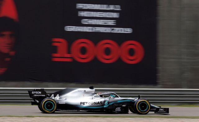 V Šanghaju je vse v znamenju tisoče dirke v F1. FOTO: Reuters