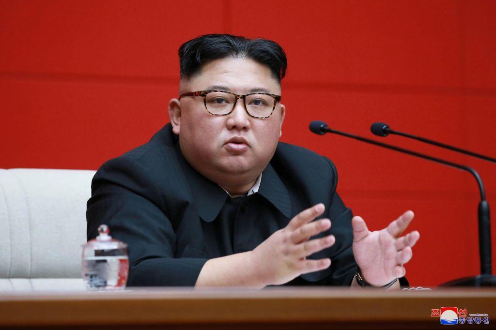 Kim bi se še tretjič srečal s Trumpom, a ne želi izkušnje iz Hanoja