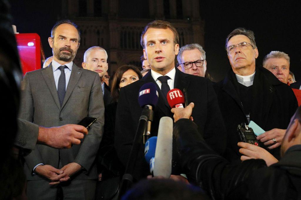 FOTO:Macron: »S skupnimi močmi bomo obnovili katedralo«