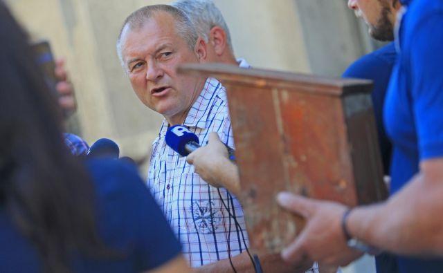 Eden od postopkov zoper Franca Kanglerja je bila tudi zadeva ptičja hišica, kjer višje sodišče ni dovolilo obtožnice in je kazenski postopek ustavilo. Foto Tadej Regent