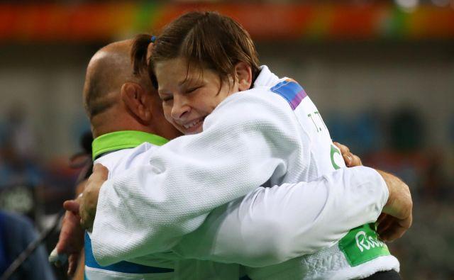 Celjski trener Marjan Fabjan vrhunec letošnje forme za olimpijsko zmagovalko Tino Trstenjak načrtuje za avgustovsko svetovno prvenstvo v Tokiu in jesenski del sezone. FOTO: Reuters