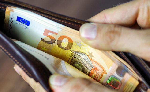 Cene v evrskem območju in EU so se marca na letni ravni povprečno zvišale za približno poldrugi odstotek. Foto Getty Images