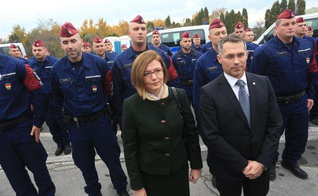 """""""Kot veleposlanica imam nalogo, da vzdržujem stike s predstavniki slovenske vlade, z vodstvi najpomembnejših ustanov in z demokratično izvoljenimi poslanci v parlamentu,"""" pravi Edit Szilágyiné Bátorfi.FOTO: Tadej Regent/Delo"""