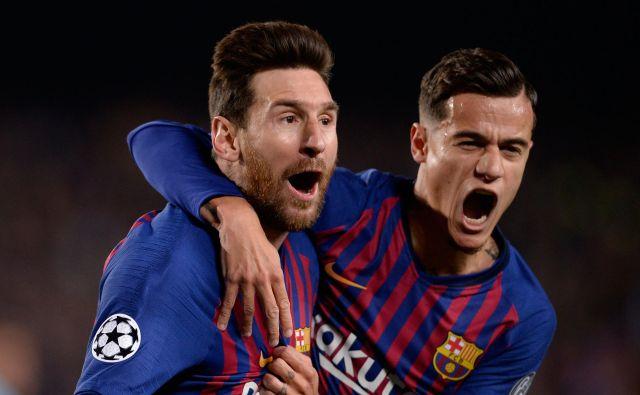 Lionel Messi in Philippe Coutinho sta se razveselila vsakega gola Barcelone. FOTO: AFP