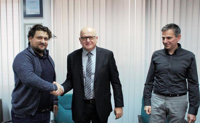 Z leve predsednik SDRES Asmir Bećarević, predsednik EZS Marjan Eberlinc in predsednik SPESS Peter Bršek. FOTO: Brane Piano