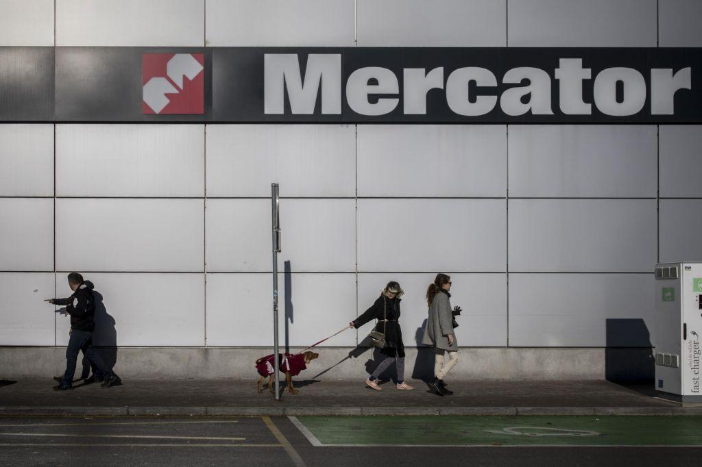 Mercator prodaja za več kot sto milijonov evrov premoženja
