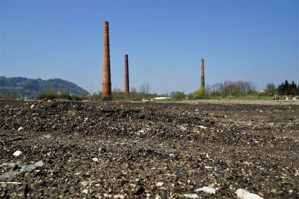 FOTO:Namesto sanacij še en popis strupenih bremen