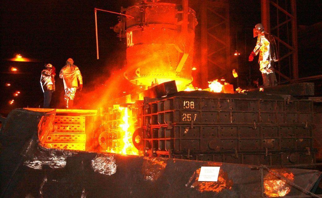 FOTO:Poklicni gasilci iz Trbovelj kličejo na pomoč