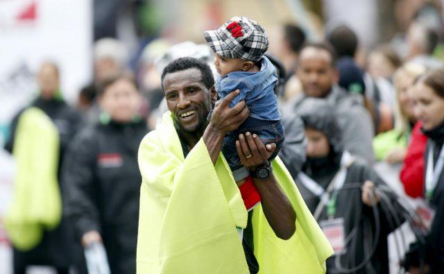 Sisay Lemma Kasaye je lani s časom 2;04:58 Ljubljano uvrstil med najhitrejša maratonska mesta na svetu. FOTO: Roman Š�ipić/Delo