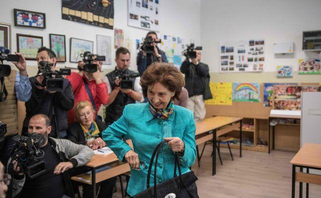 Kandidatka največje opozicijske stranke VMRO-DPMNE Gordana Siljanovska Davkova verjame v zmago. FOTO: Robert Atanasovski/AFP