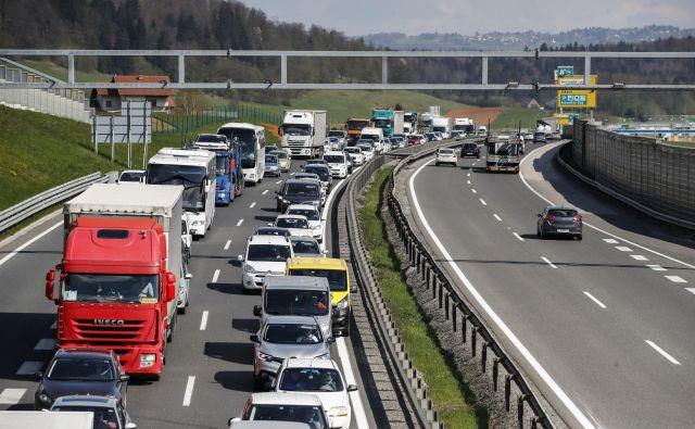 V Sloveniji smo med prvimi v Evropi ratificirali<strong> </strong>eCMR (elektronski tovorni list) protokol, pa tudi težnja evropske komisije je, da sčasoma eCMR postane obvezen. FOTO: Uroš Hočevar/Delo