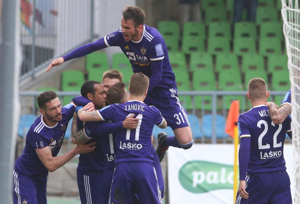 Maribor rutinirano, Triglav presenetil Muro