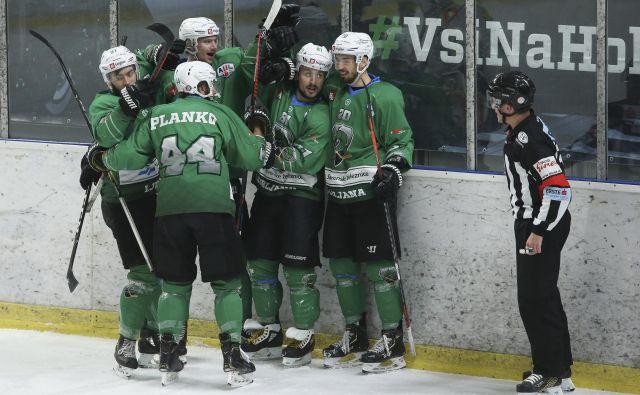 Hokejisti Olimpije so prvaki alpske hokejske lige. FOTO: Jože Suhadolnik
