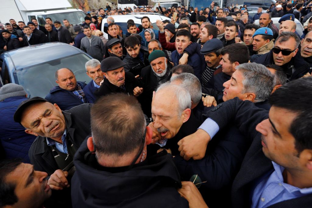 Napadli vodjo turške opozicije