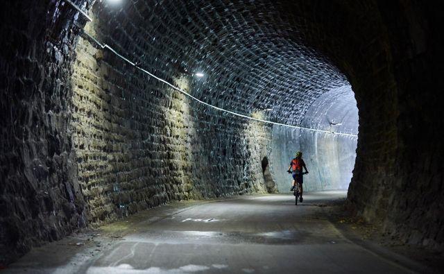 Štrekna je atraktivna, ker poteka po trasi opuščene železniške proge. FOTO: arhiv RRA Koroška