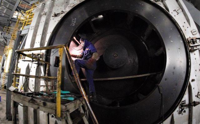 Vzdrževanje drobilnika premoga v Termoelektrarni Šoštanj. FOTO: Brane Piano