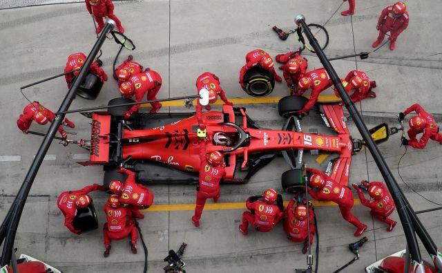 Pri Ferrariju je po treh slabih dirkah že zavladal preplah. FOTO: Reuters