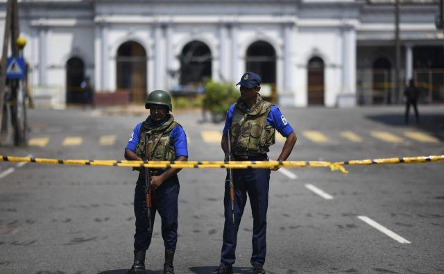 Šrilanko je minuli konec tedna pretreslo več eksplozij v cerkvah in hotelih. FOTO: AFP
