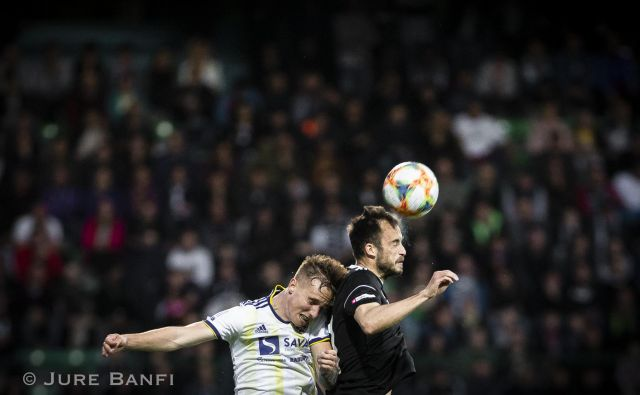 Maribor je v polfinalu pokala remiziral z Muro na Fazaneriji. FOTO: Jure Banfi