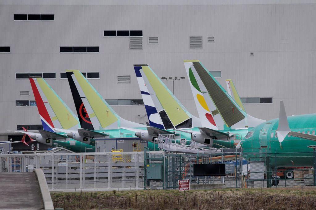 Boeing se rešuje z vojsko