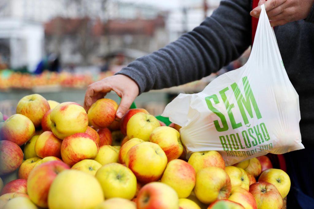 FOTO:Mega projekt, ki se začne s plastično vrečko v trgovini