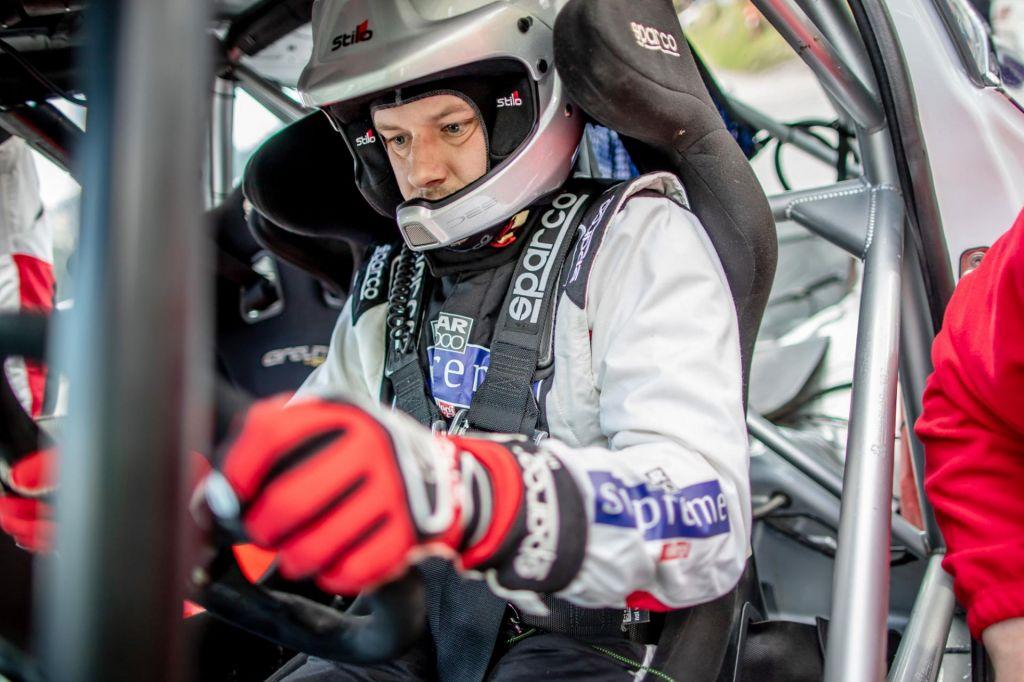 FOTO:Zdaj, ko je očka, želi Jan Medved znova dirkati