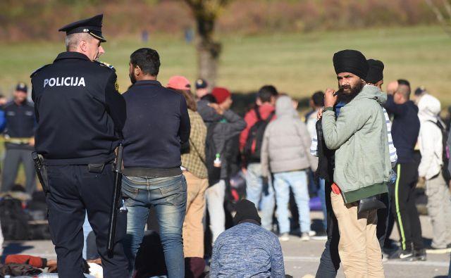 State Department navaja policijsko nasilje nad begunci in migranti na Hrvaškem, kjer jim kratijo tudi pravico do mednarodne zaščite. FOTO: Robert Fajt/Cropix