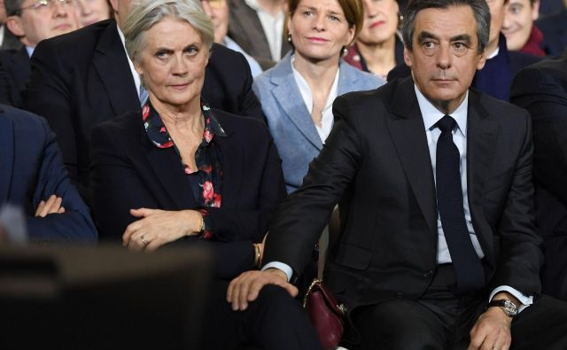 Francoski politik je soprogi in sinovoma izpačal več sto tisoč evrov državnih sredstev za delo, ki ga morda niso nikoli opravljali. FOTO: Eric Feferberg/AFP