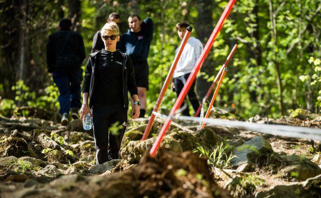 Monika Hrastnik na ogledu proge na Pohorju. Foto Rick Schubert/IXS
