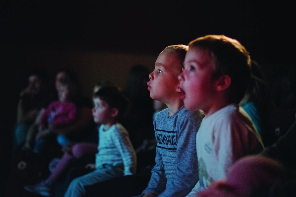 Ko gluhi v gledališču uživajo