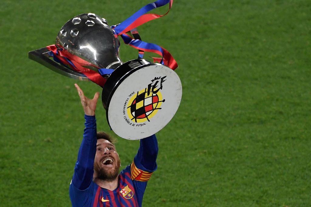 FOTO:Lionel Messi dokončno opravil z legendarnim Andresom Iniesto