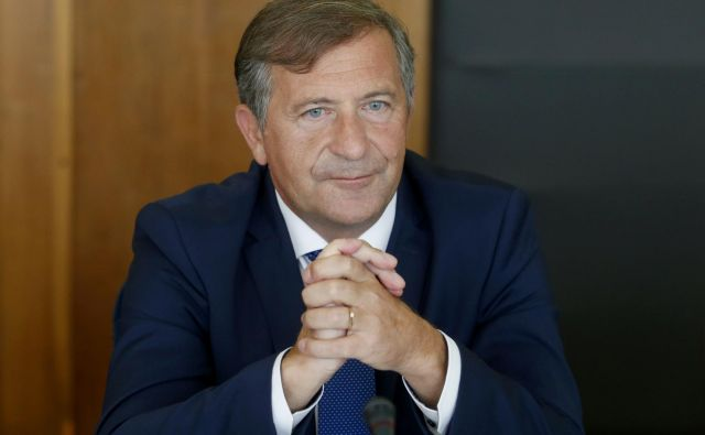 Minister za obrambo Karl Erjavec FOTO: Roman �Šipić/Delo