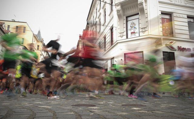 Sporna odločitev organizatorjev polmaratona sicer ni osamljen primer rasizma, s katerim se soočajo zlasti v italijanskem nogometu.FOTO: Uroš Hočevar