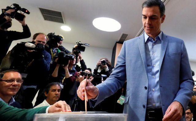 Zmaga se obeta vladajočim socialistom premierja Pedra Sancheza. FOTO: Rafael Marchante Reuters