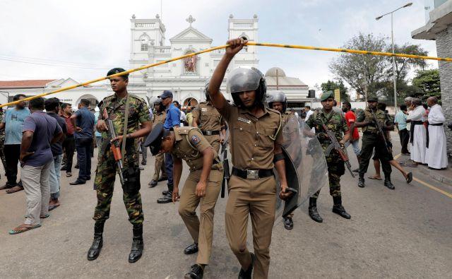 Ljudje so še vedno prestrašeni, na ulicah je ogromno vojakov. FOTO: Reuters