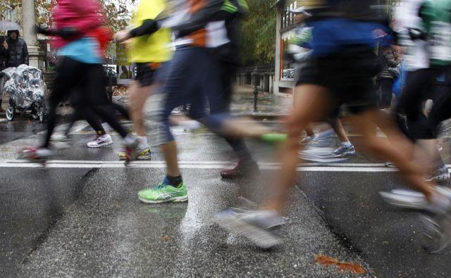 »Začetek pisanja je kot ultramaraton. Ko začneš s prvim stavkom, si res ne predstavljaš, kako bo, ko se boš bližal ciljni črti,« pravi Jasmina Kozina Praprotnik, avtorica knjige <em>Kazimira</em>. Foto Leon Vidic